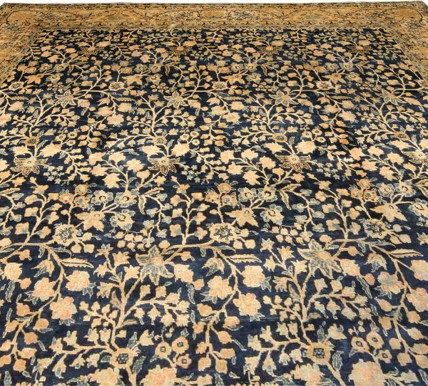 Antique Persian Tabriz Carpet BB2204