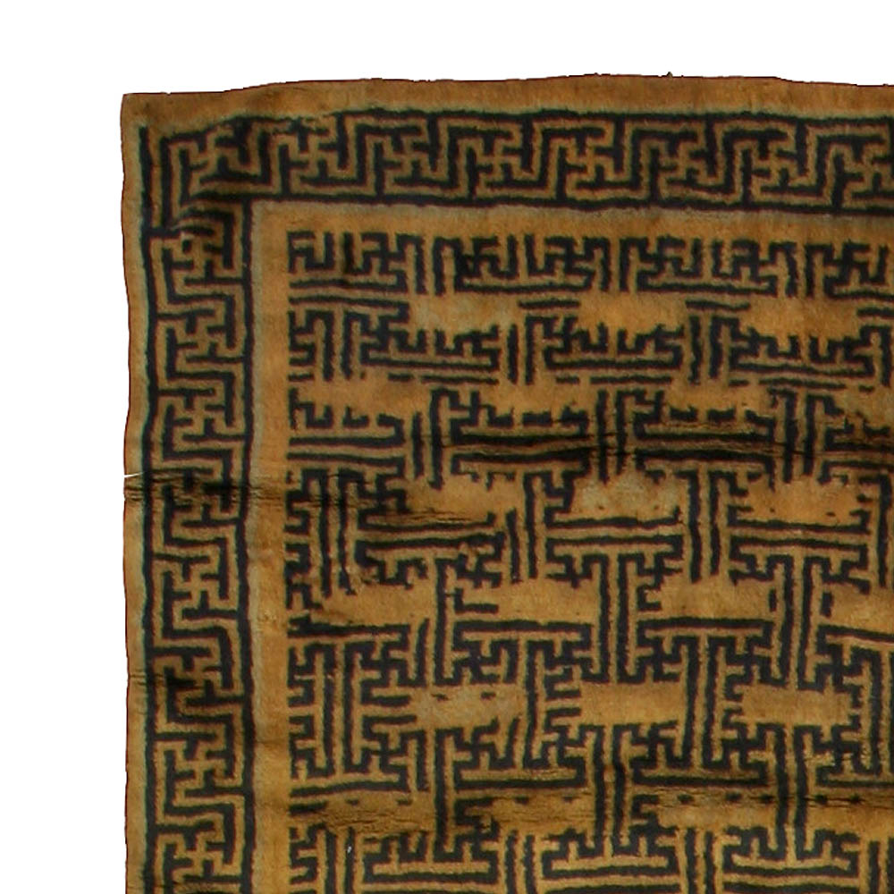 Vintage Chinese Carpet BB1587