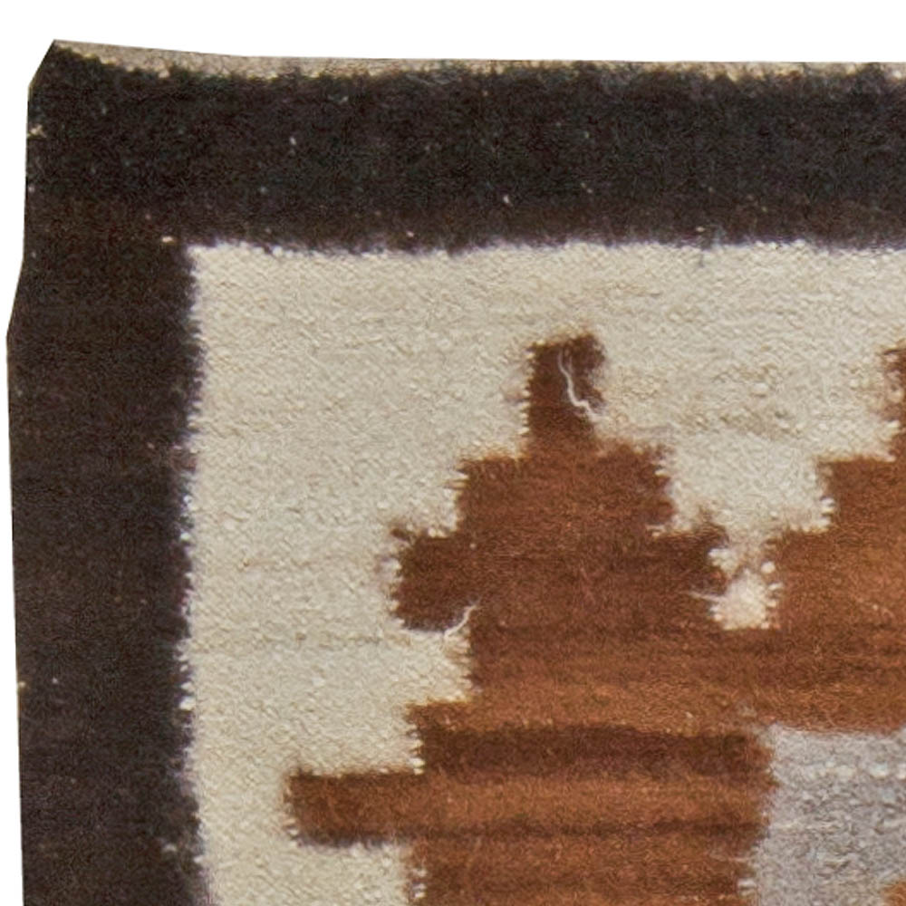 Mongolian Flatweave in Shades of Ivory, Brown and Grey BB5746