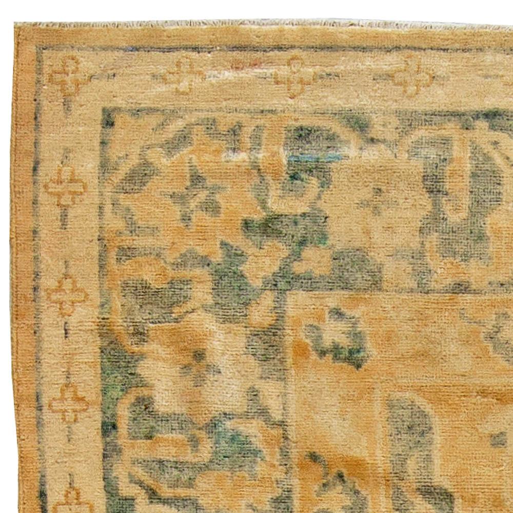 Antique Chinese Carpet BB5513