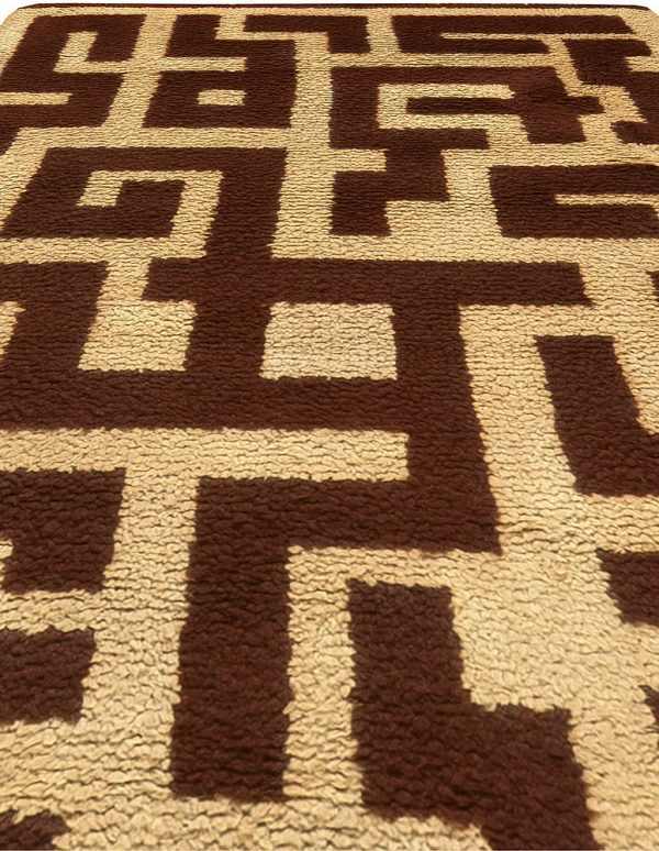 Vintage French Art Decorative Area Rug BB6171