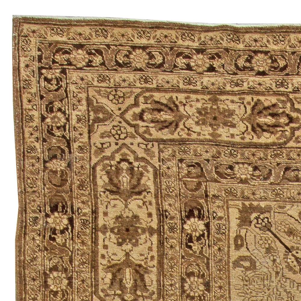 Antique Persian Tabriz Carpet BB4617