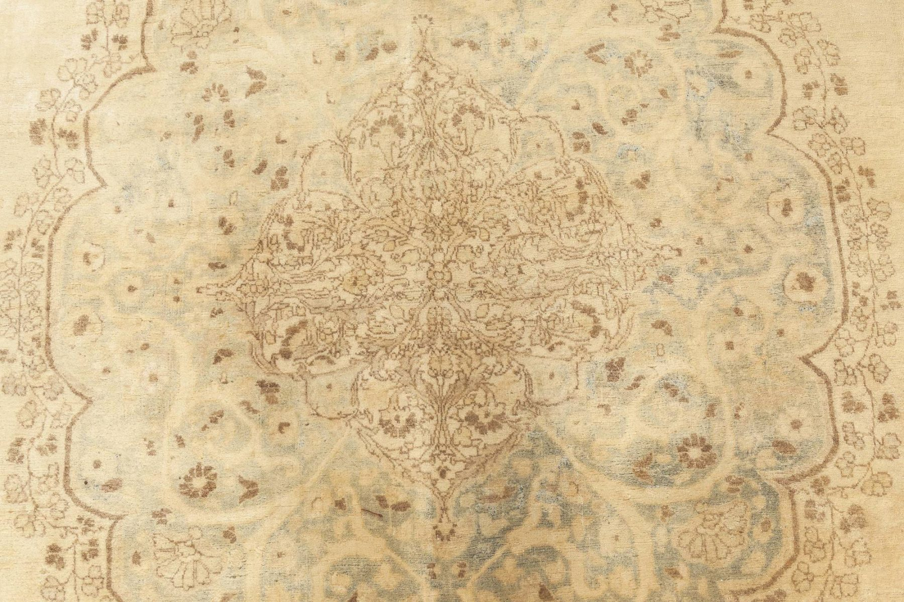 Antique Persian Tabriz Rug BB1534