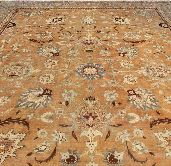 Antique Persian Tabriz Rug BB4081