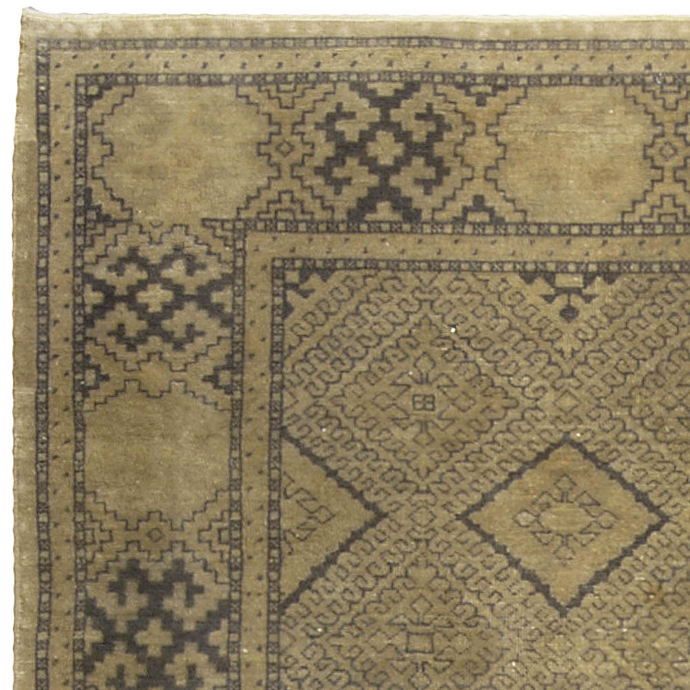 Early 20th Century Turkish Sivas Tan and Gray Handwoven Wool Rug BB5112