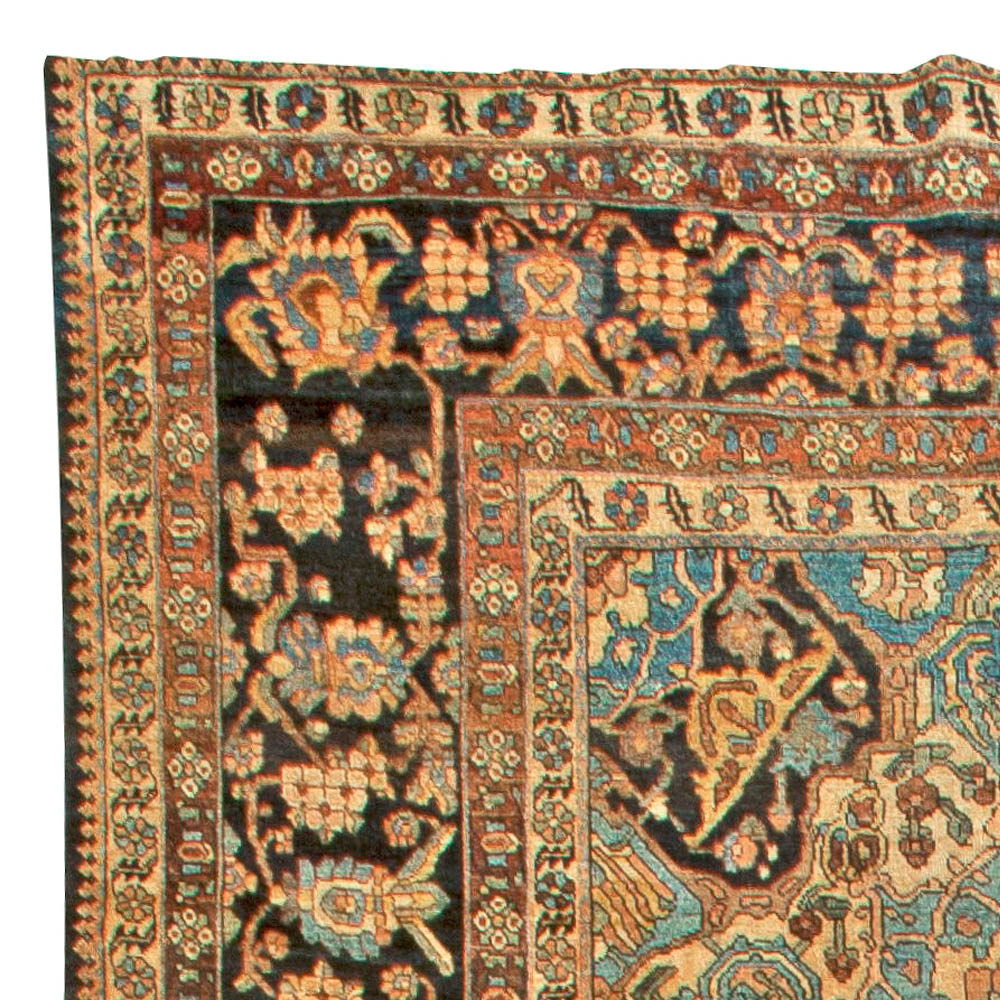 Large Antique Persian Bakhtiari Carpet BB6047