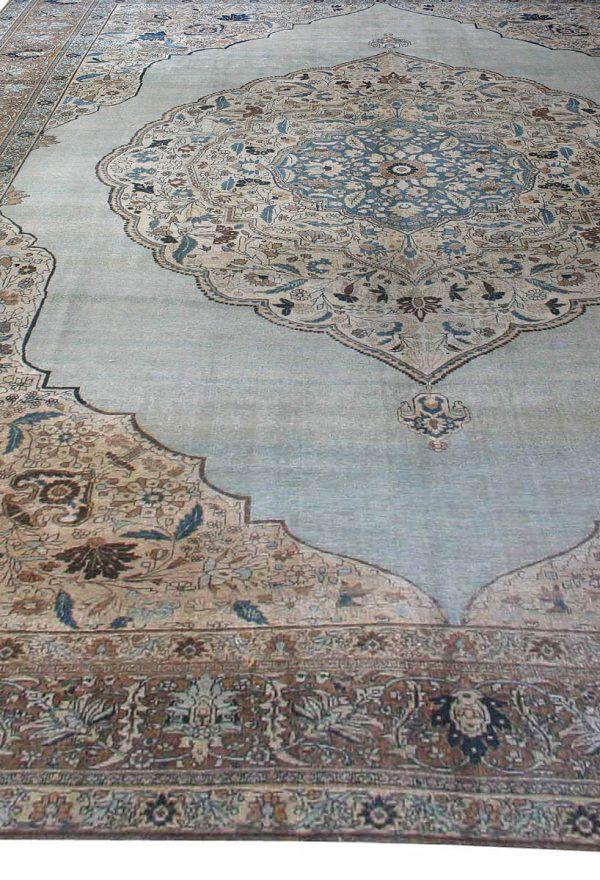 Antique Persian Tabriz Carpet BB2521
