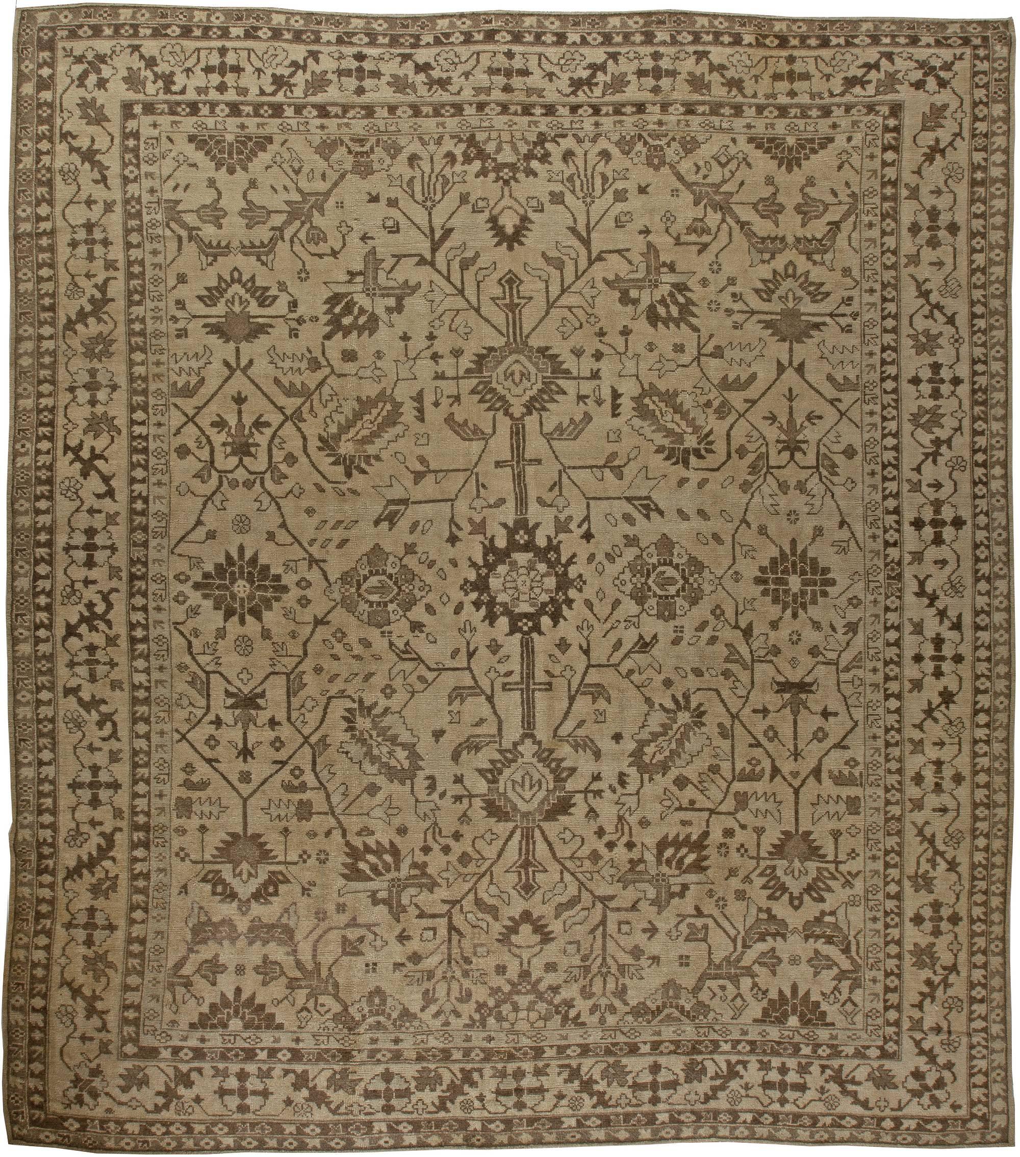 Antique Turkish Oushak Rug BB5727
