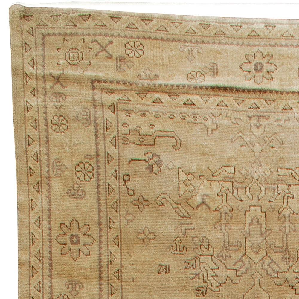 Antique Turkish Oushak Rug BB5602