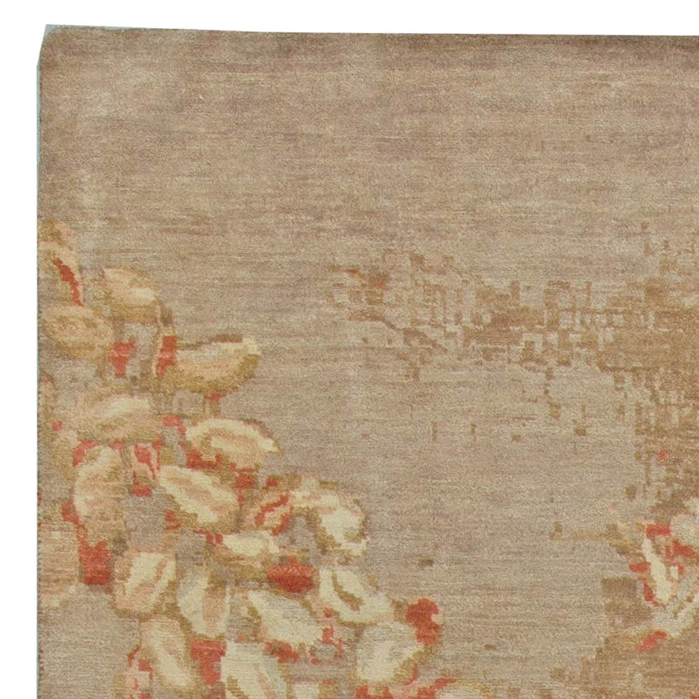 Contemporary Blossom Design Hand Knotted Wool and Silk Rug N11058