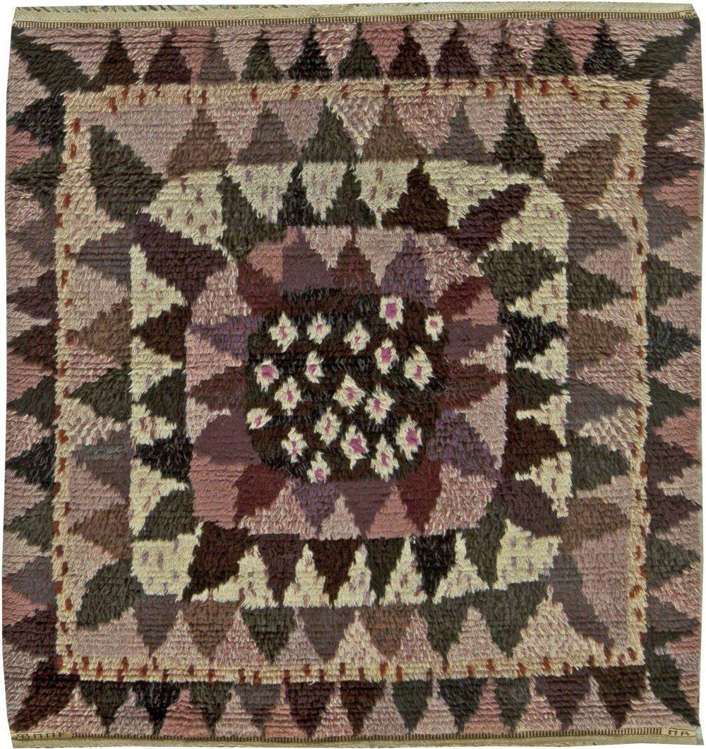"Vintage ""Solrosen"" Rya rug designed by Marianne Richter in Marta Maas Fjetterstrom's workshop BB5957"