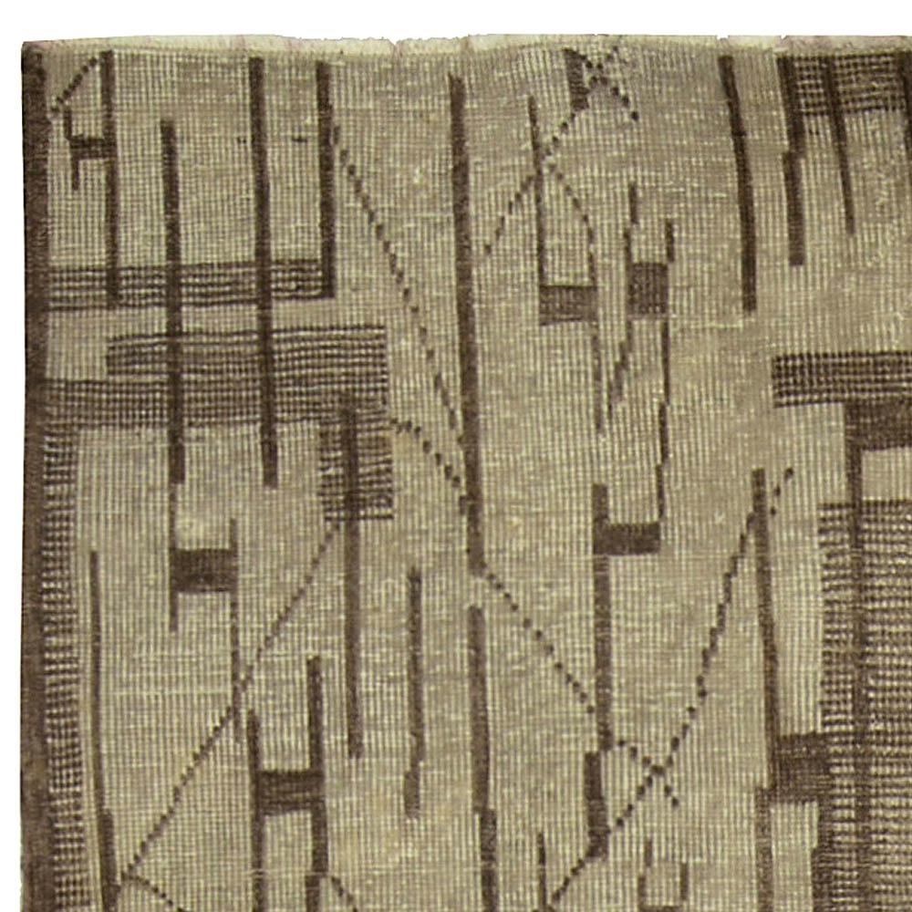 Mid-century European Rug in Neutral Colors BB5260