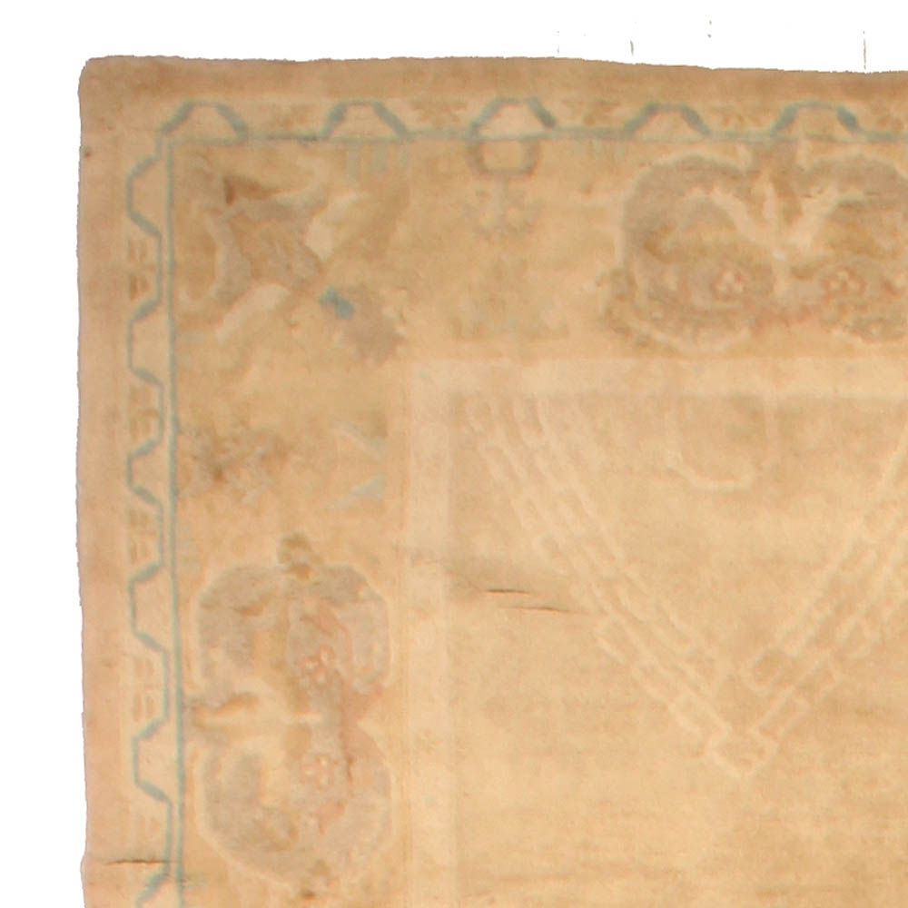 Vintage Chinese Art Deco Ivory and Tan Handwoven Wool Rug BB5126