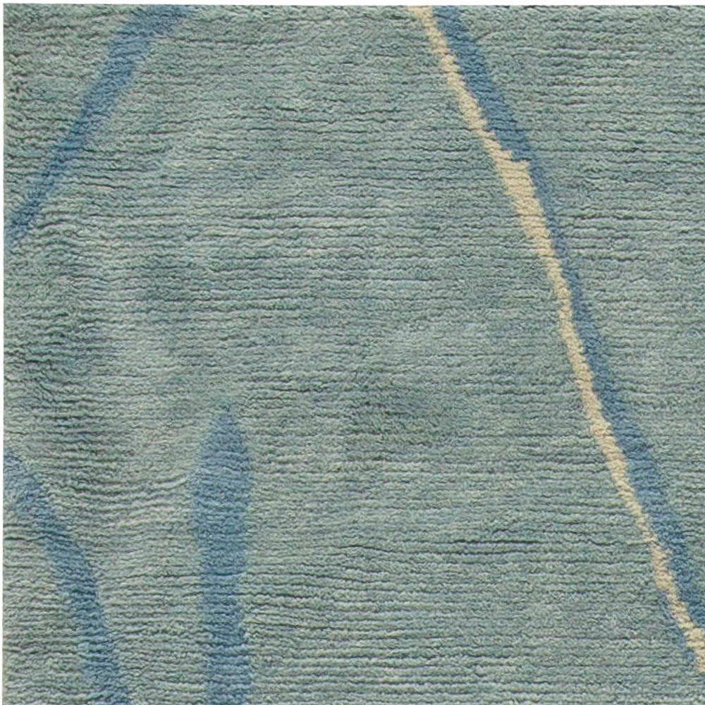 Contemporary Allure Blue and White Hand Knotted Wool Rug N10785