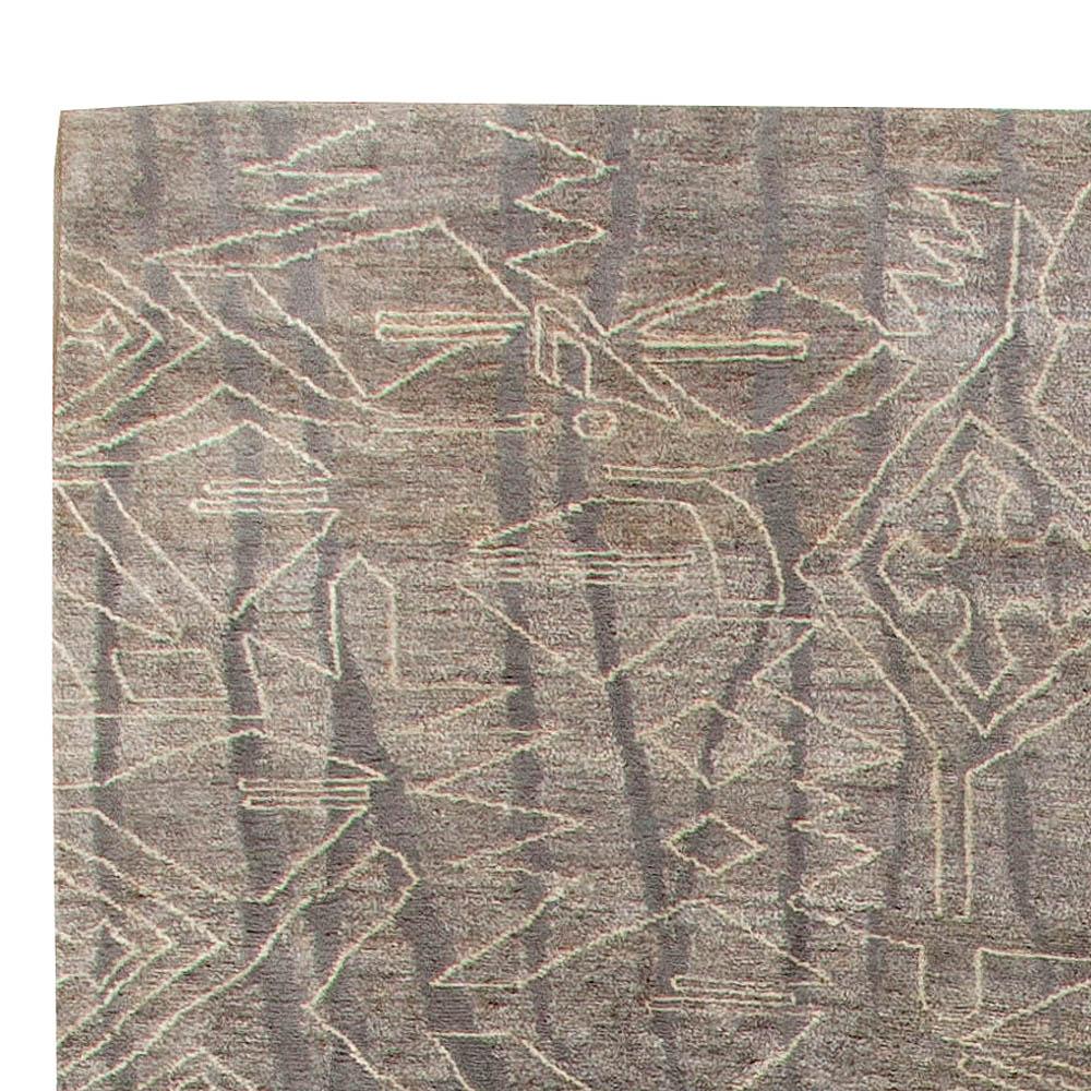 Modern Eskayel Akimbo Gray and White Handwoven Wool Rug N10763