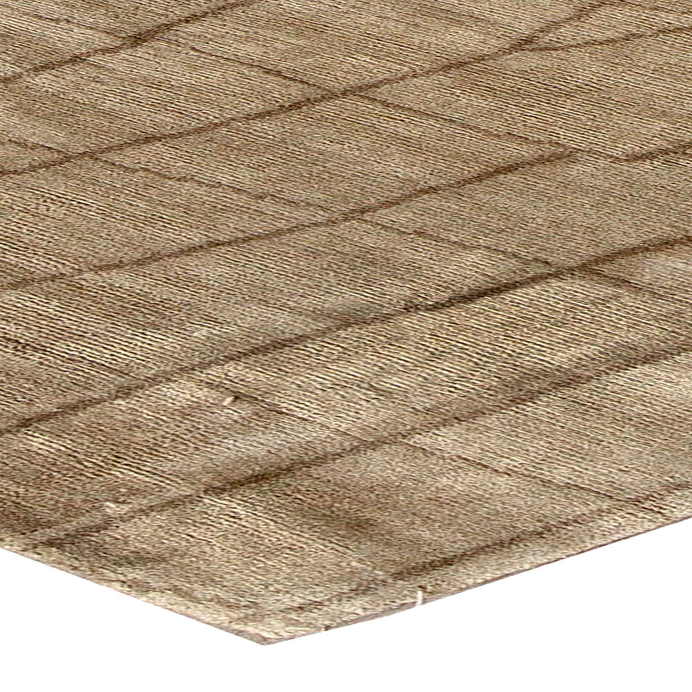 Contemporary Crocodile Design Warm Beige and Brown Rug N10756