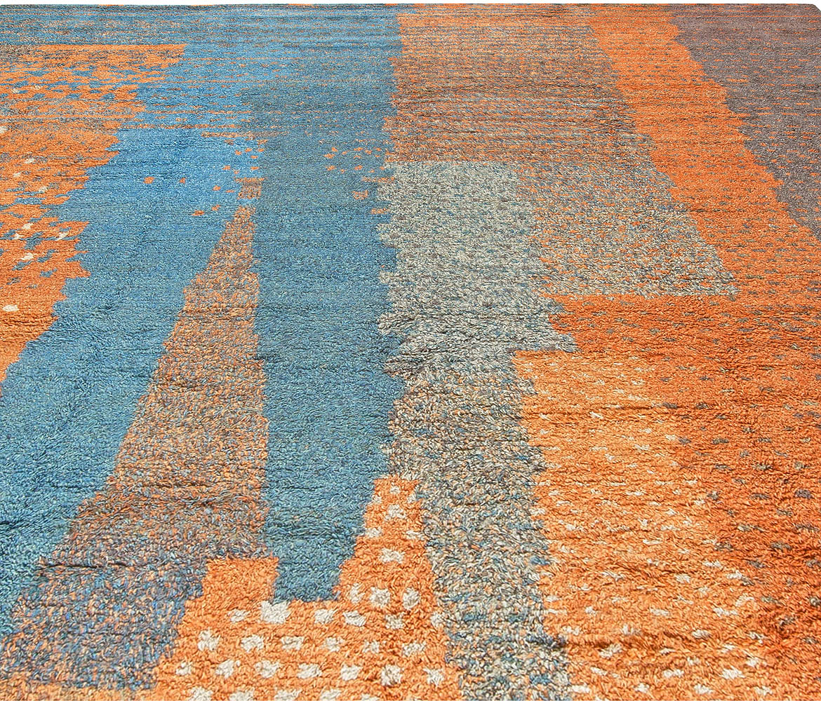 Handmade Moroccan Shaggy Wool Rug with Tribal Design in Shades of Blue and Orange N10761