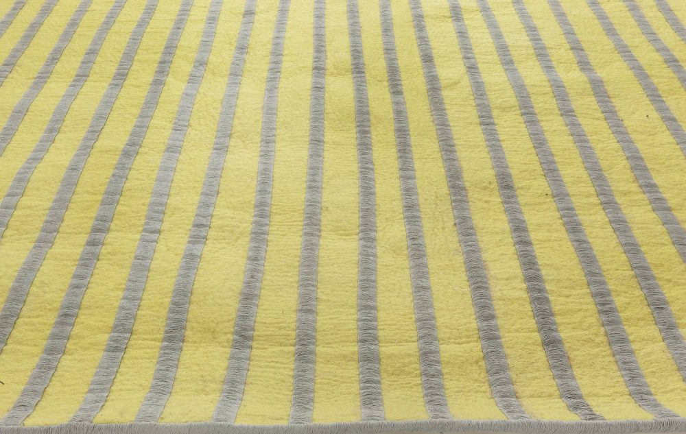 Contemporary Stripe Yellow and Gray Reversible Handcrafted Rug N11645
