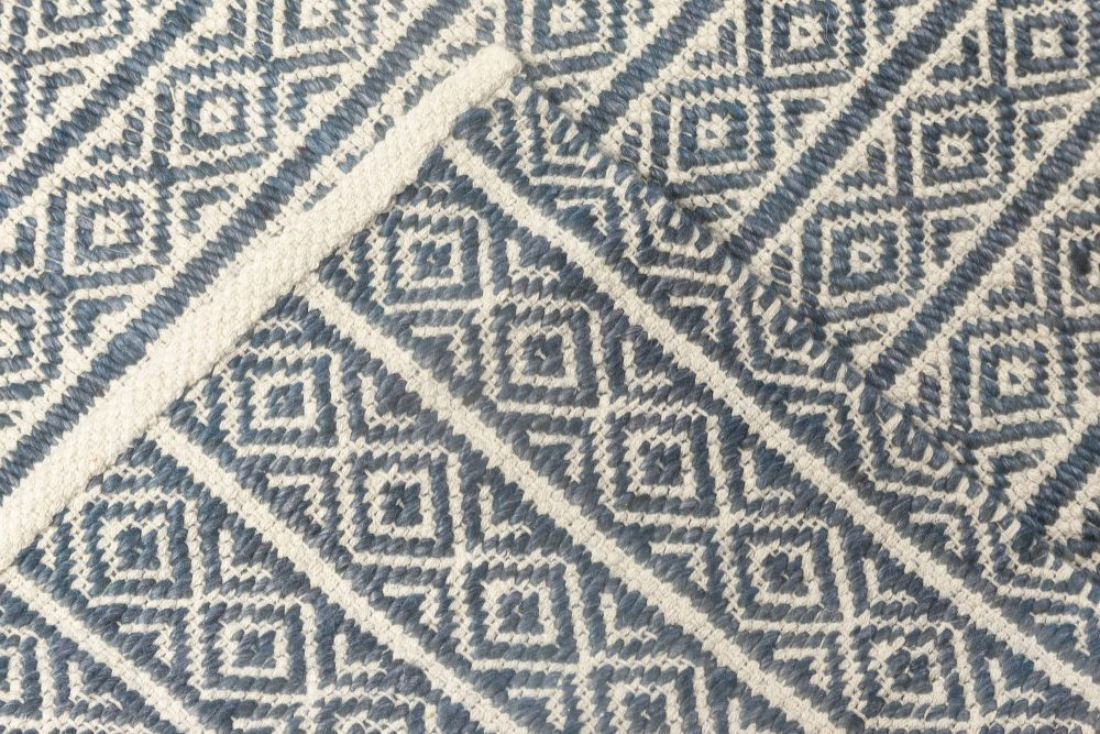CONTEMPORARY FLAT WEAVE RUG N11851