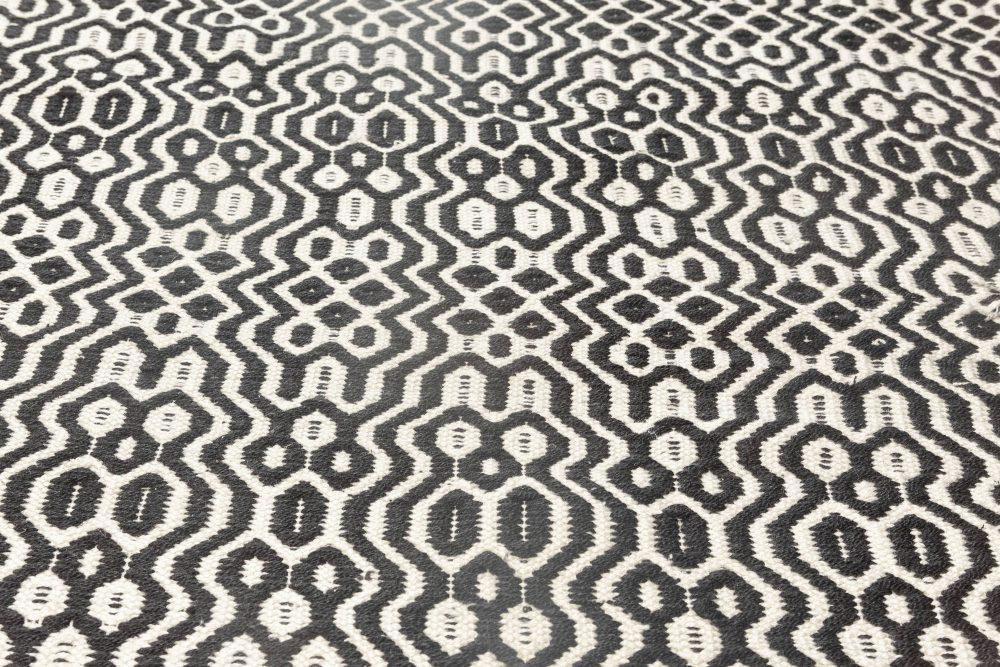Chessboard Pattern White, Black and Light Gray Flat-Weave Wool Rug N11859