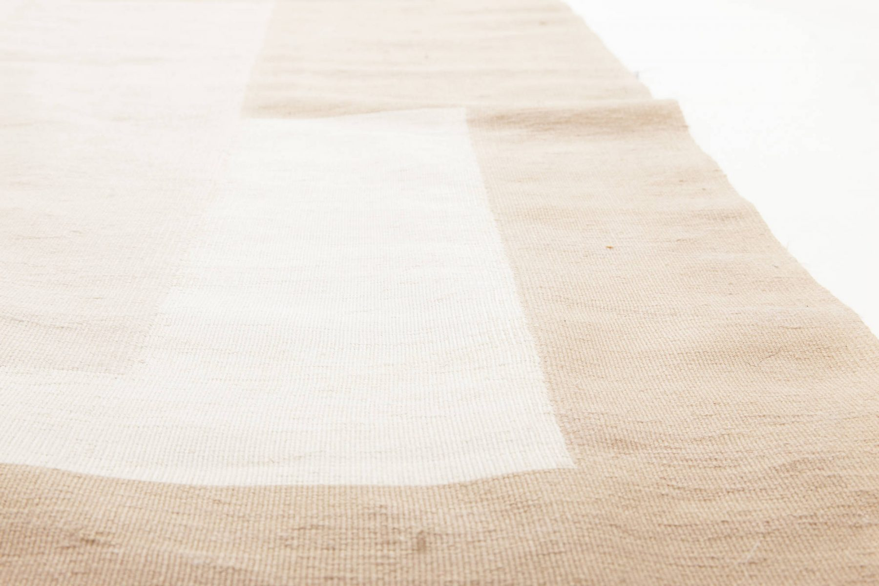 Contemporary Flat-Weave Wool Beige and White Geometric Rug N11496