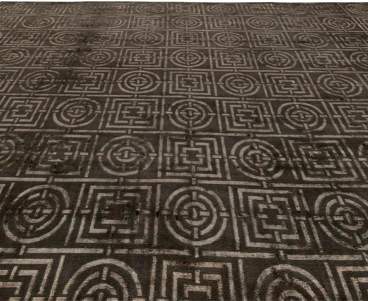 Gray & Dark Brown Art Deco Design Tibetan Hand-knotted & Silk Rug N11200