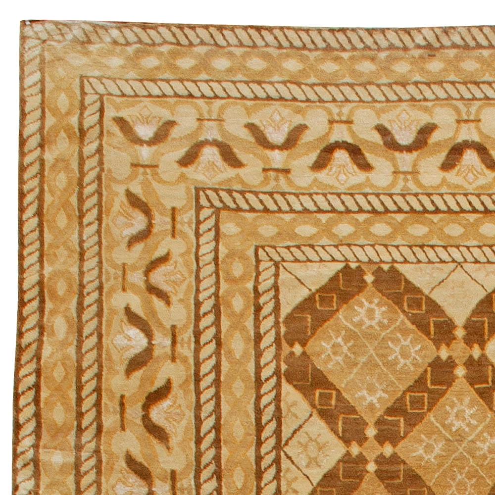 Contemporary Tibetan Warm Brown and Beige Handwoven Wool Rug N10795
