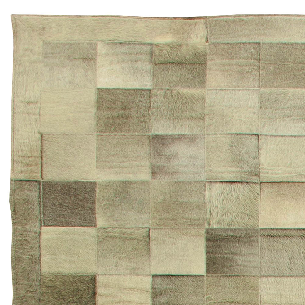 Oversized Hair-on-Hide Gray and Light Brown Modern Rug N11247