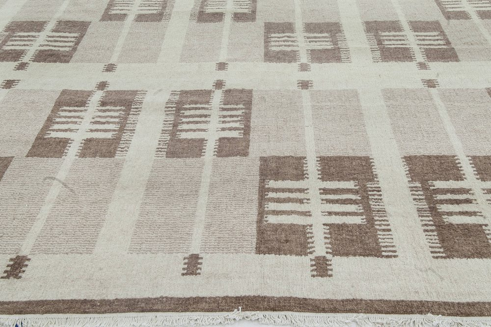 Hand-knotted Swedish Wool Rug in Neutral Colors N11490