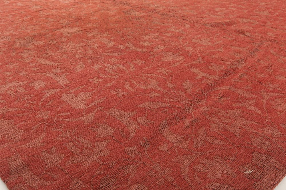 Modern European Inspired Tibetan Red Hand Knotted Wool Rug N11423