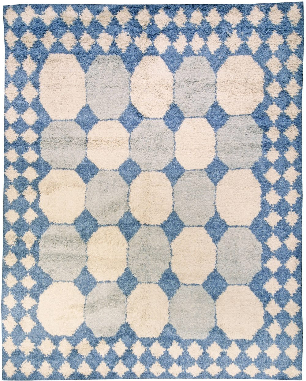 Contemporary Moroccan White and Blue Handwoven Wool Rug N10939