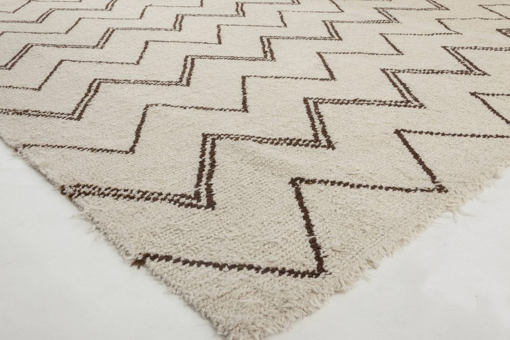 Moroccan Design Off-White and Black Hand Knotted Wool Rug N11536
