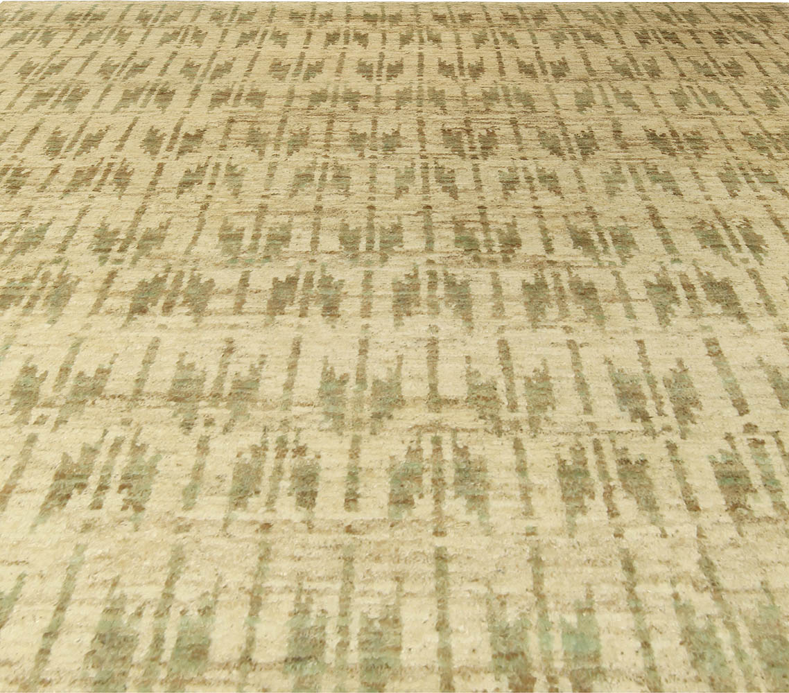 Quiver Beige and Olive Handmade Hemp Rug by Bunny Williams N10537