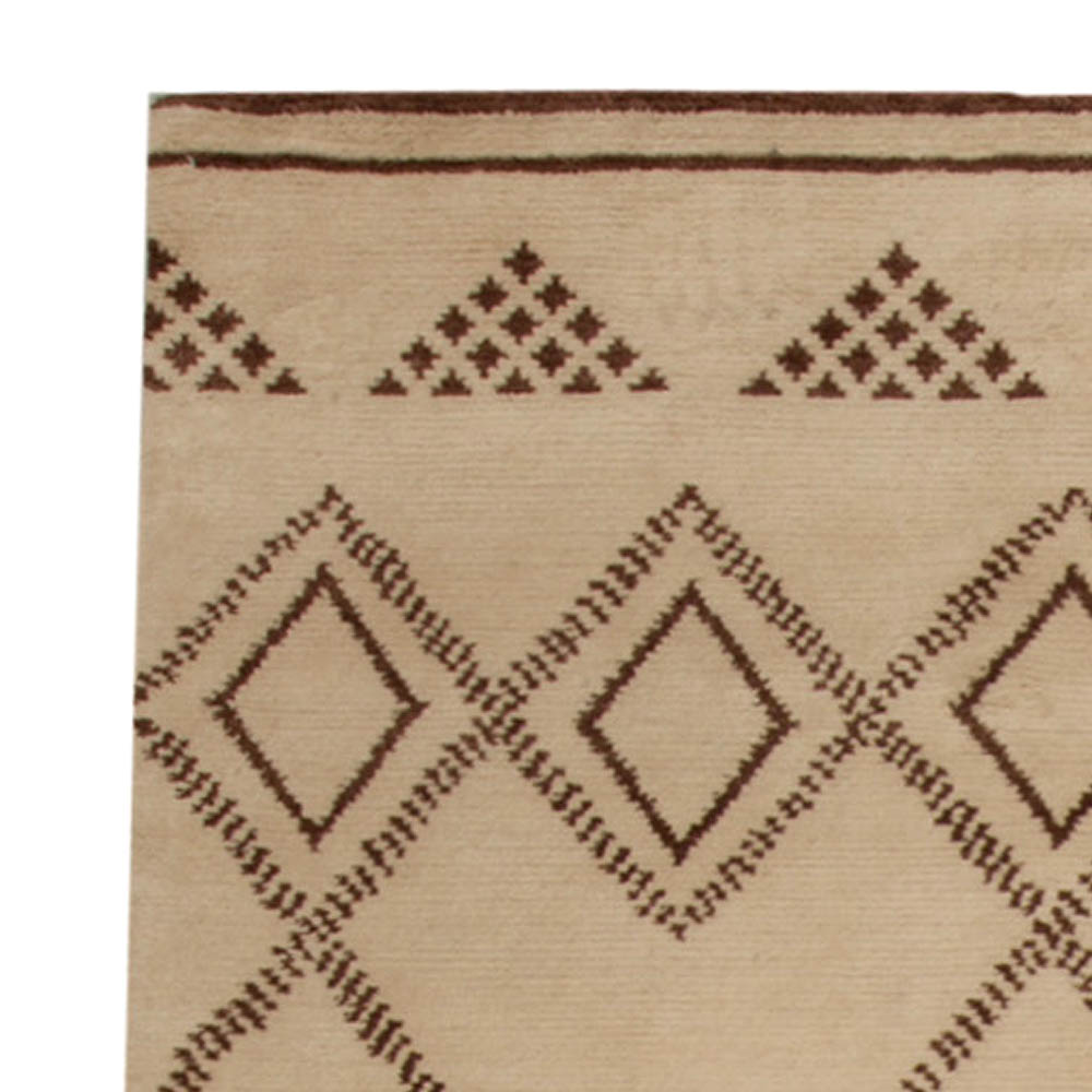 Tribal Style Moroccan Hand-knotted Area Rug with Diamond Design N10266