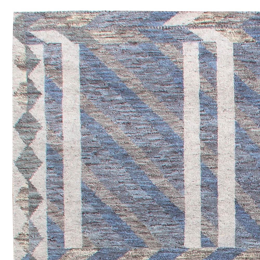 Oversized Malmo Blue Rug N11326
