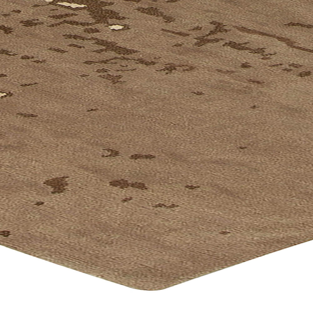 Chocolate Reservoir Rug N10745