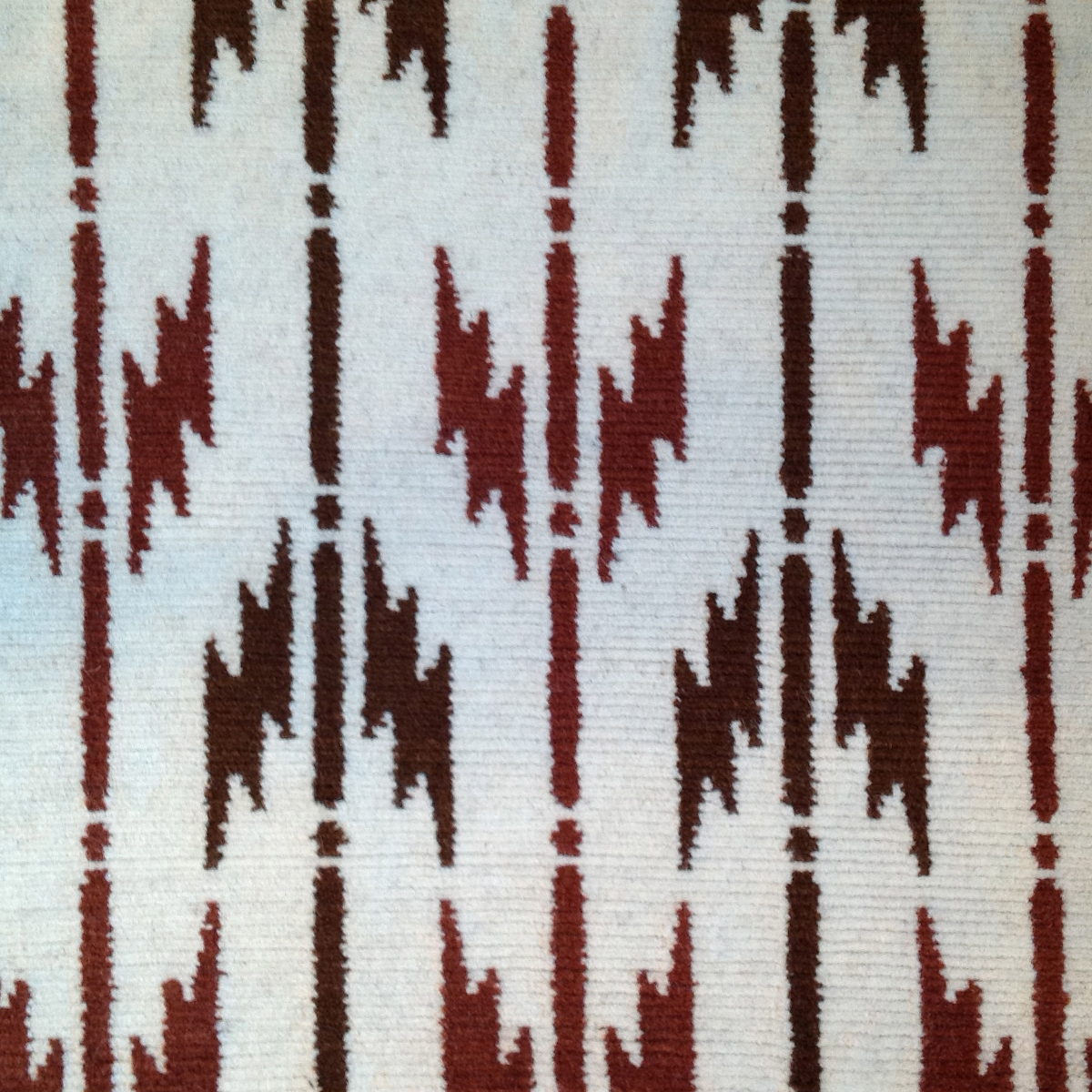 Quiver Red by Bunny Williams N10484S