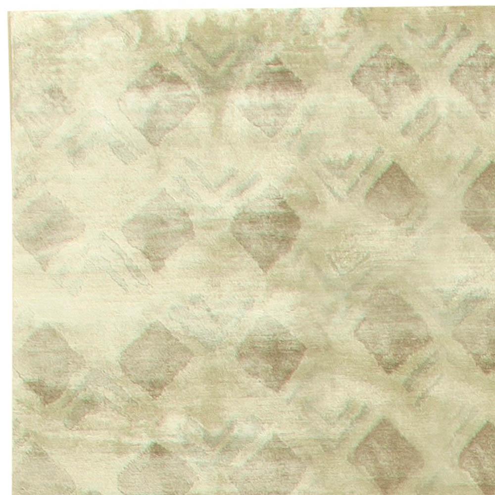Contemporary Silk Rug N11250