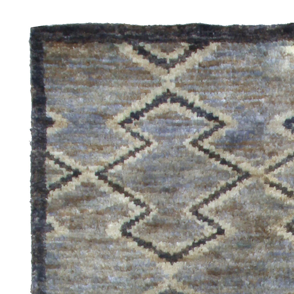 Aztec Rug N10682