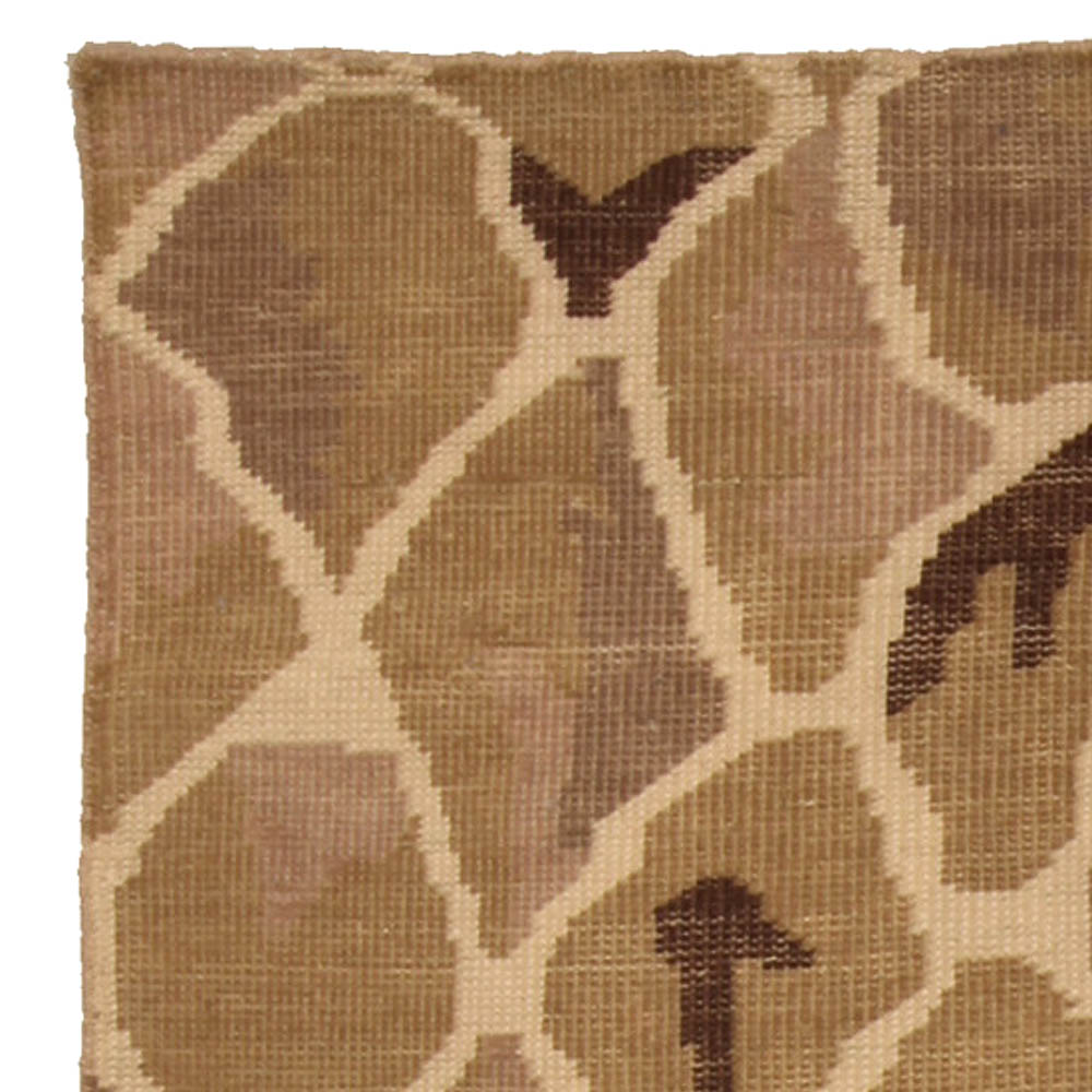 Contemporary Snake Design Hand Knotted Wool Rug N10328