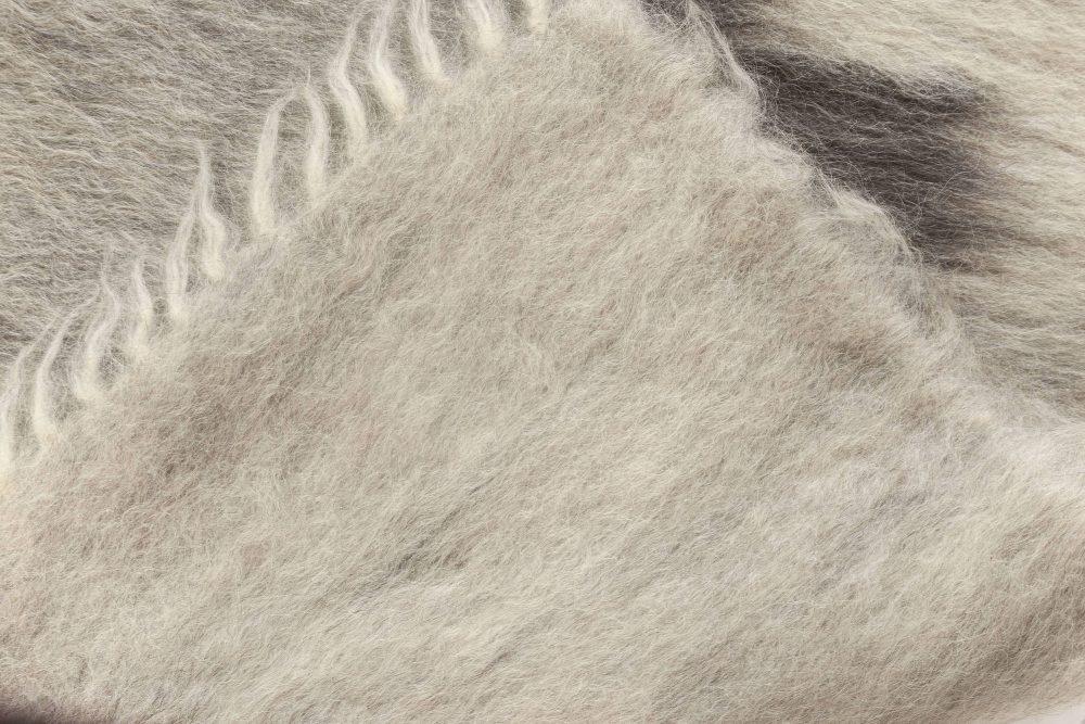 Contemporary Stamverband IX Gray, Black and White Rug N11853