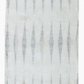 Contemporary Silver Coi Silk Runner N11593