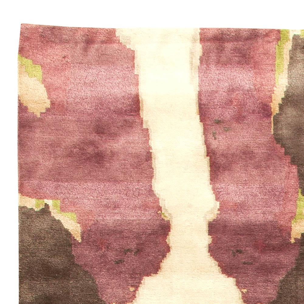 Modern Eskayel-Madagascar Cream & Deep Plum Soft Wool & Silk Rug N11249