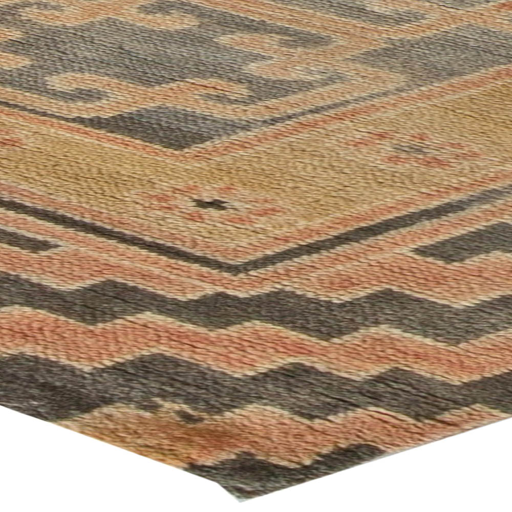 Samarkand Traditional Red, Brown and Black Hand Knotted Wool Rug N10918