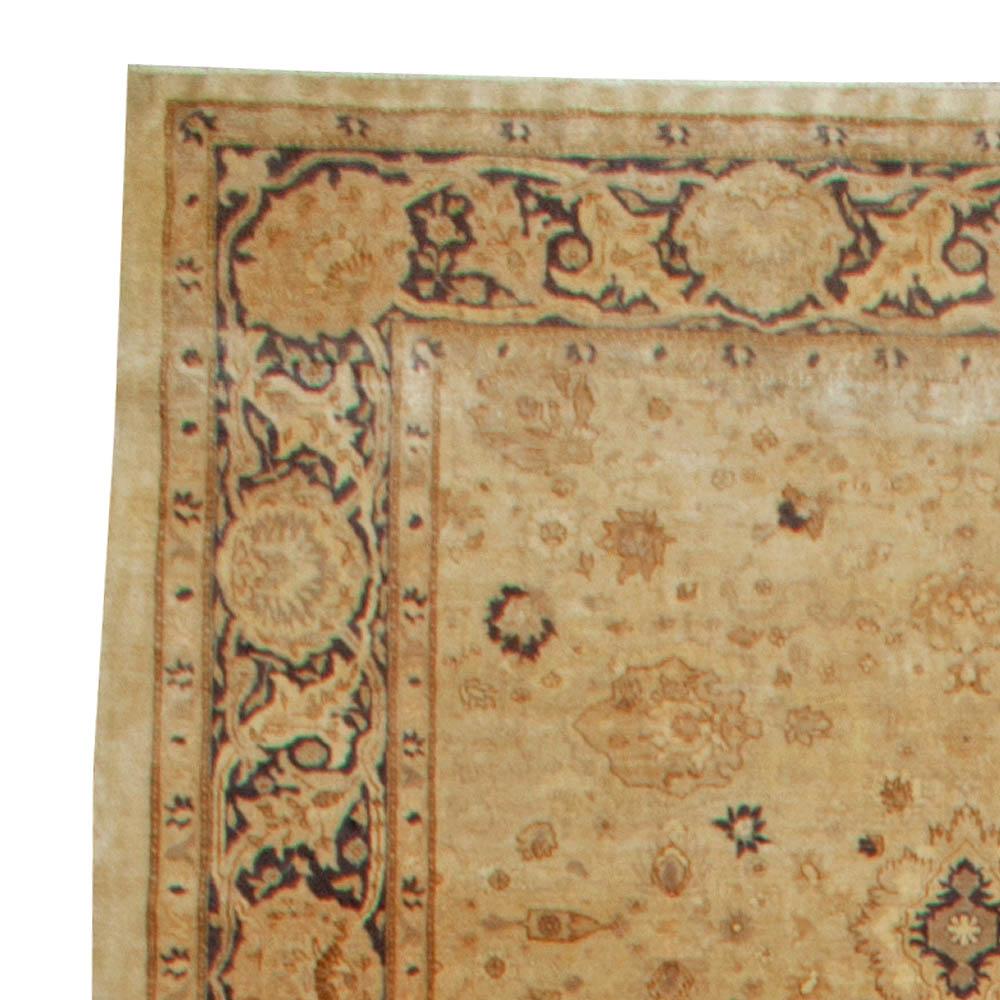 Antique Turkish Sivas Rug BB6091