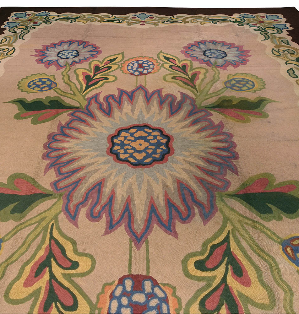 Midcentury Ivory with Lilac Flower-Head Hooked Wool Rug BB7401