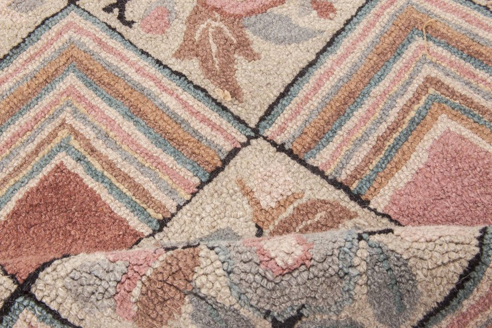Midcentury Floral Blue, Pink and Black Handwoven Wool Hooked Rug BB2039