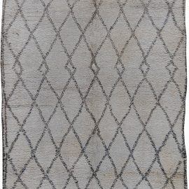 Vintage Tribal Moroccan Natural Wool Rug with Classic Diamond Design BB6203