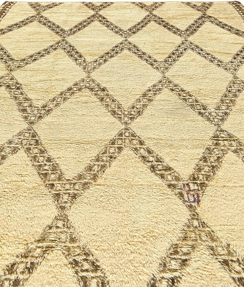 Vintage Tribal Moroccan Natural Wool Rug with Diamond Design BB5911