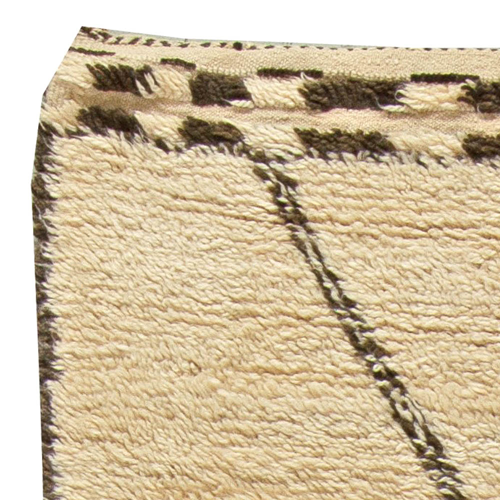 Vintage Moroccan Rug BB5850